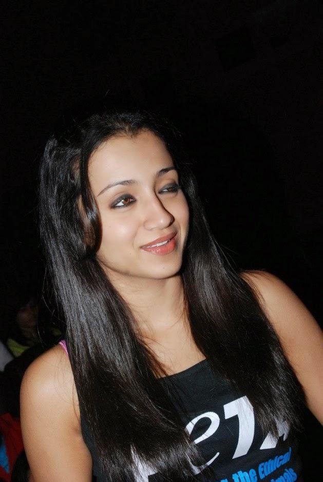 trisha latest cute stills in black tshirt trisha unseen
