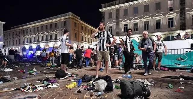Τρομοπανικός στο Τορίνο οδήγησε 600 άτομα να τραυματιστούν σε άνευ προηγουμένου ποδοπάτημα