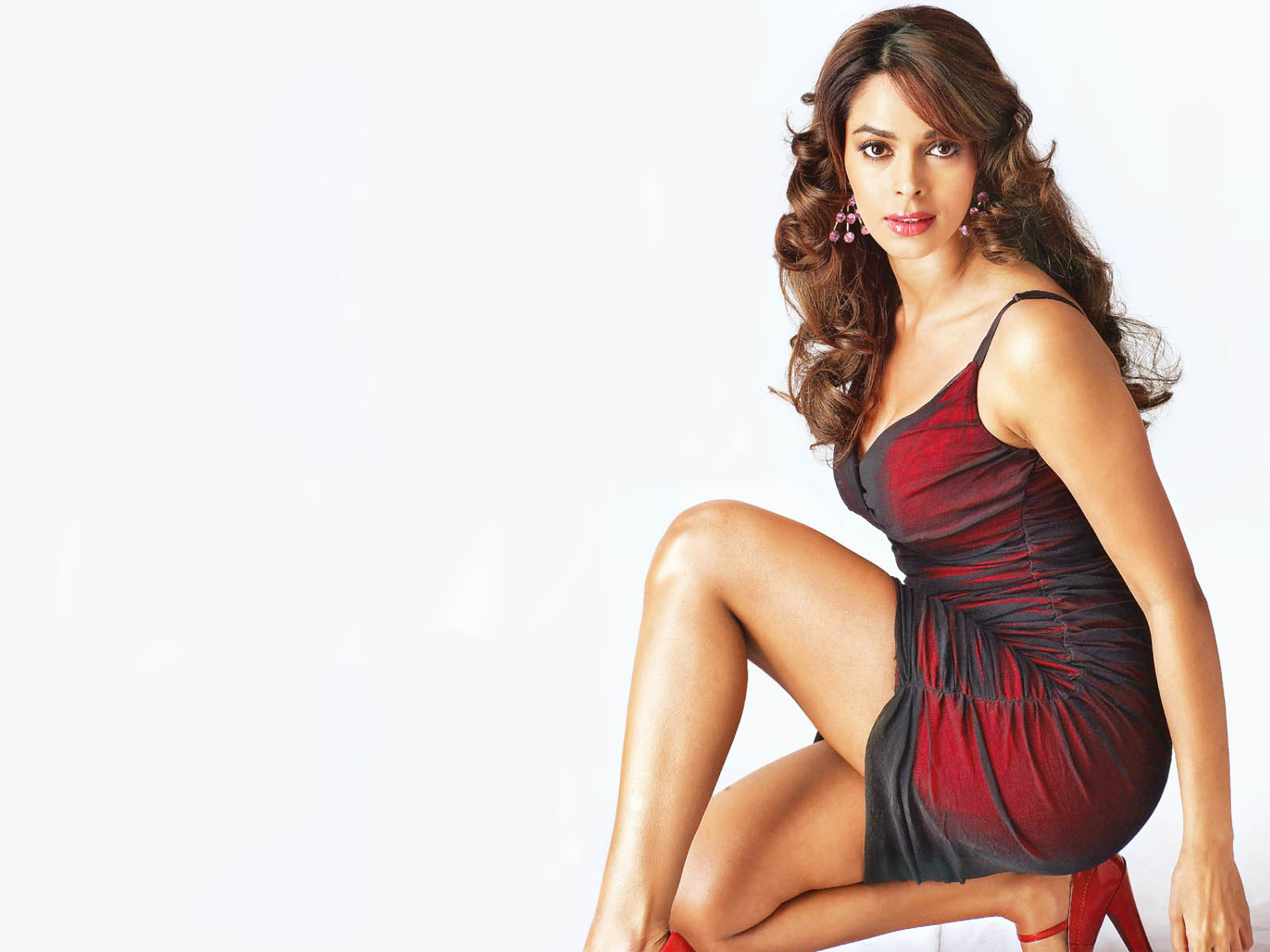 Mallika Sherawat Wallpaper Without Clothes