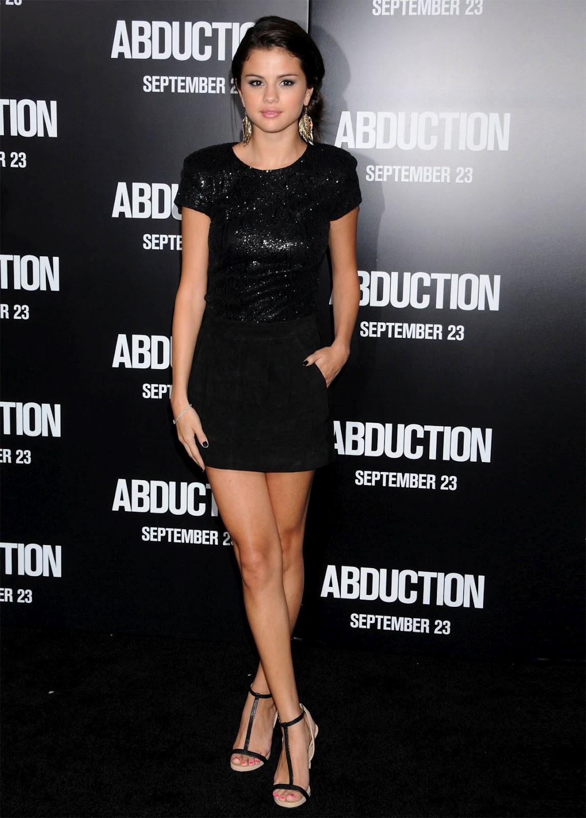 http://1.bp.blogspot.com/-XSYJAlX5qK8/T1gxVqauVCI/AAAAAAAALsU/BT3QeOX5j10/s1600/Selena-Gomez-0911_01.jpg