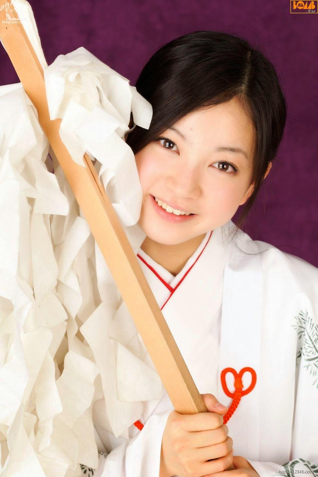 maari-nakashima_1-110F5105507