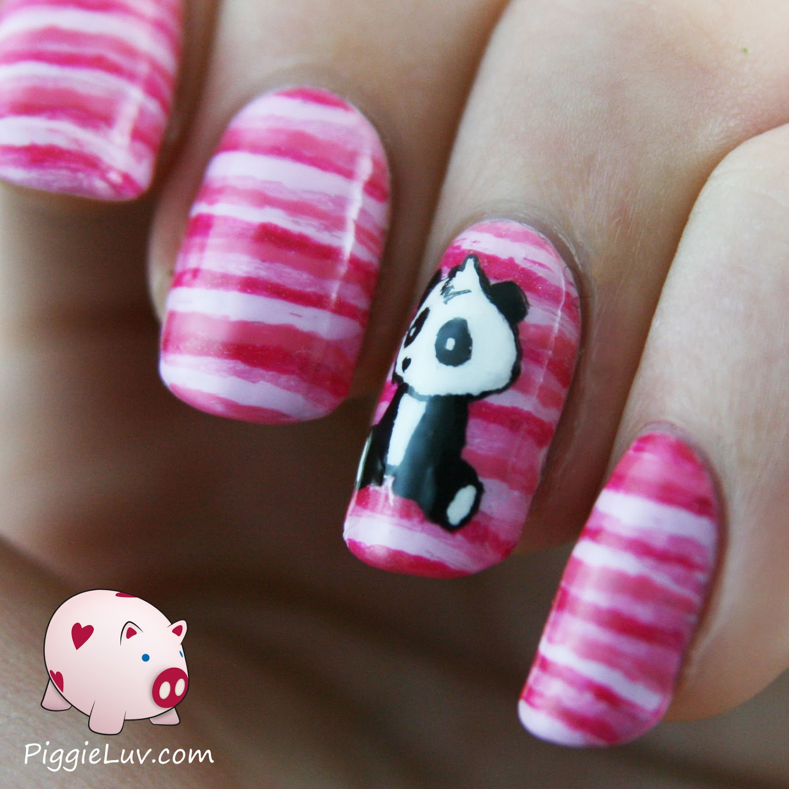 PiggieLuv: Sad panda nail art