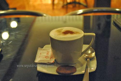 Foto secangkir Cappuccino