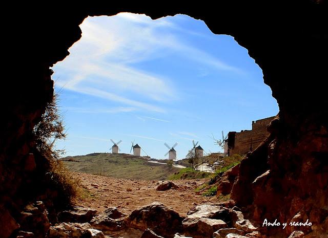 Castillo de Consuegra y molinos del Cerro Calderico