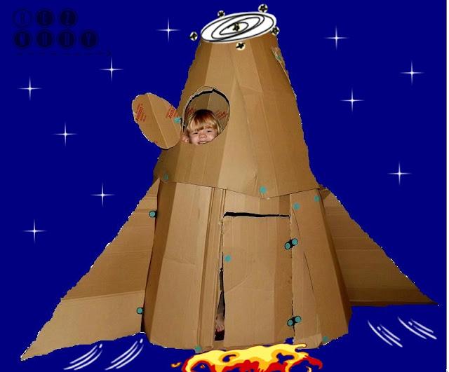 rakieta kosmiczna z kartonów