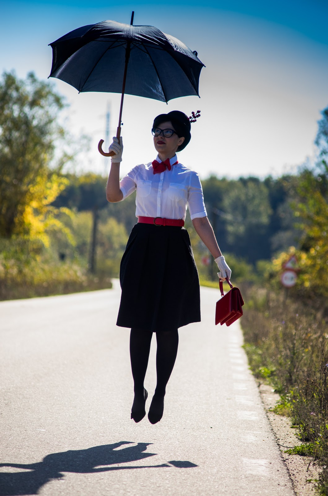 miss green easy diy halloween costume mary poppins. Black Bedroom Furniture Sets. Home Design Ideas