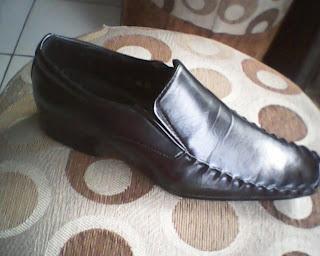 sepatu samuel calin yang berkualitas tinggi