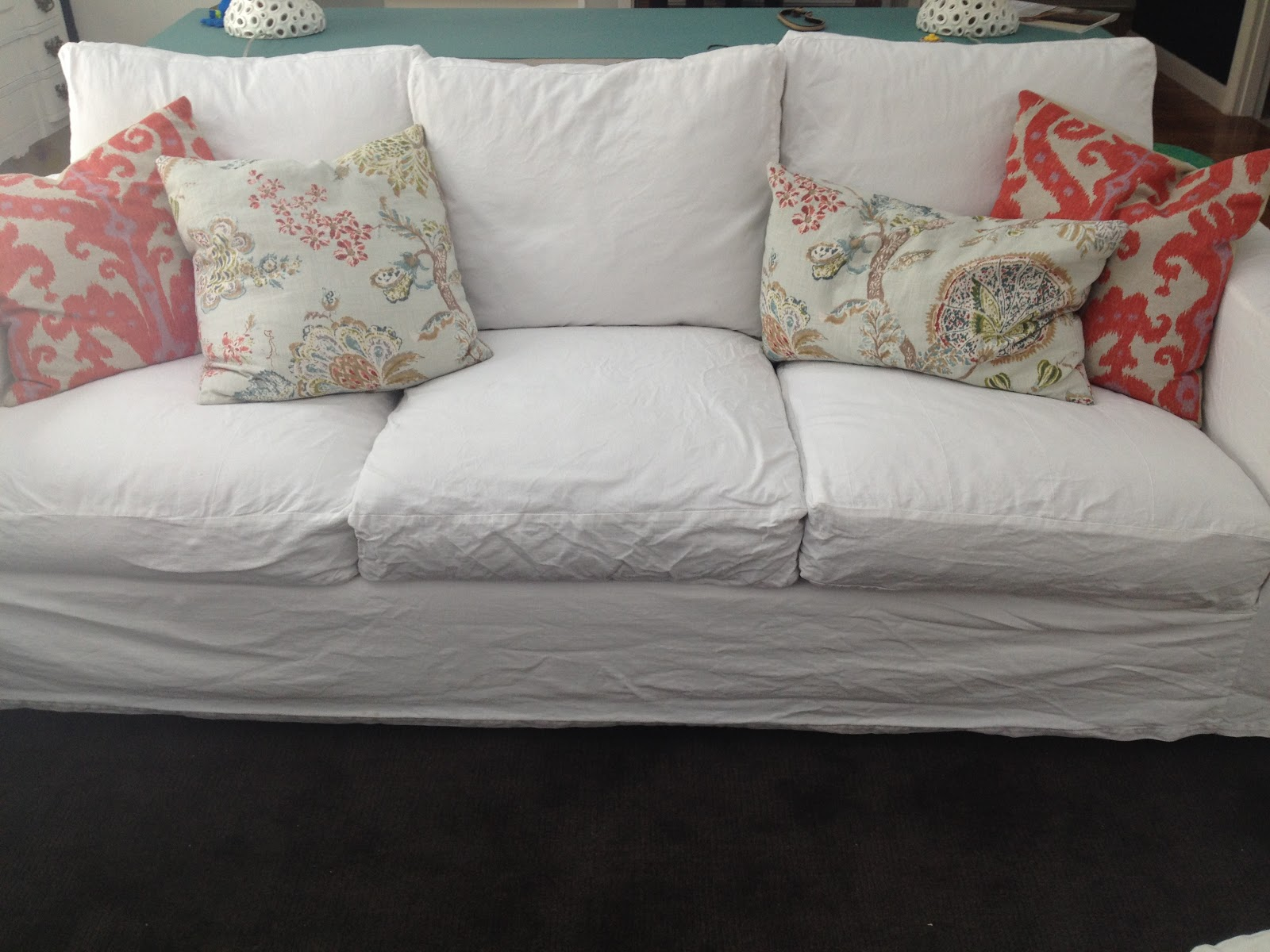 GORGEOUS SHINY THINGS: Real Life: White Slipcovers-keeping it clean.