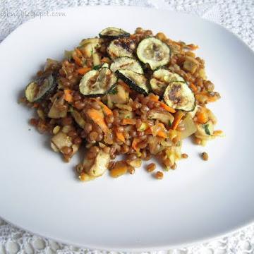 Sałatka z gotowanej pszenicy z nutą cytryny - Czytaj więcej »