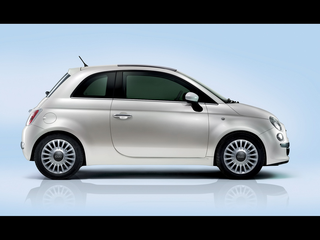 2012 fiat 500 cars pictures wallpaper cars pictures. Black Bedroom Furniture Sets. Home Design Ideas