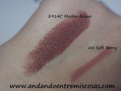 Swatches labial Mocha-licious y lápiz Soft Berry