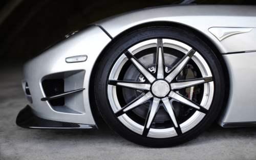 Masina de 5 milioane de dolari Koenigsegg CCXR Trevita