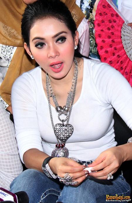 ... selebritis indonesia paling hot dan terkini gosib selebritis indonesia
