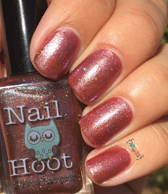 Nail Hoot Licorice Twist