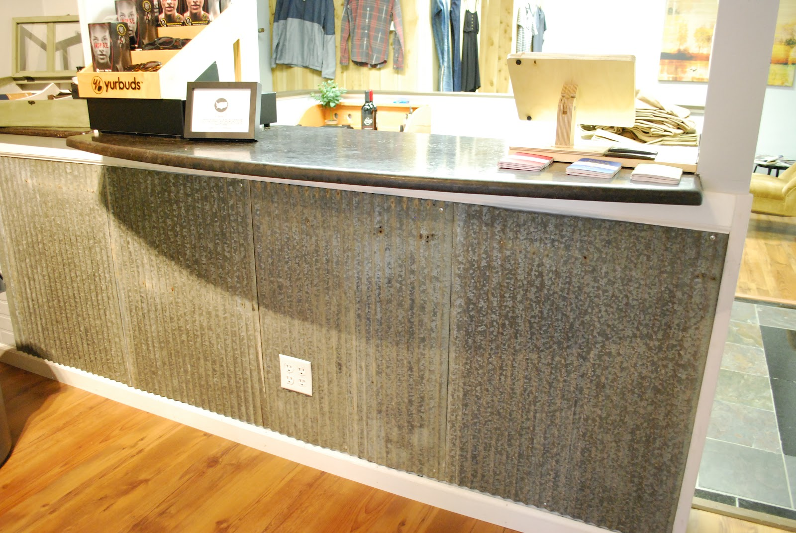 The White Rabbit: Grand Opening Fun at East and West, a new boutique