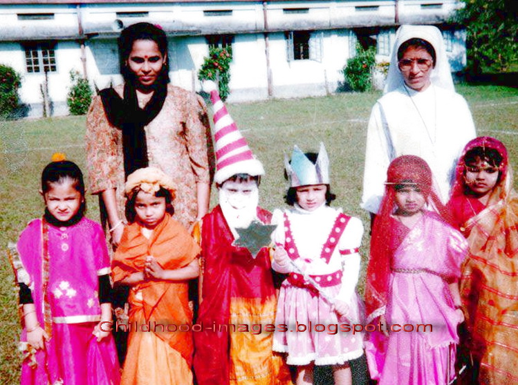 Anushka Sharma Childhood Pictures Imagesblogspot