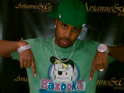 but safaree another cover up artist took to his twitter