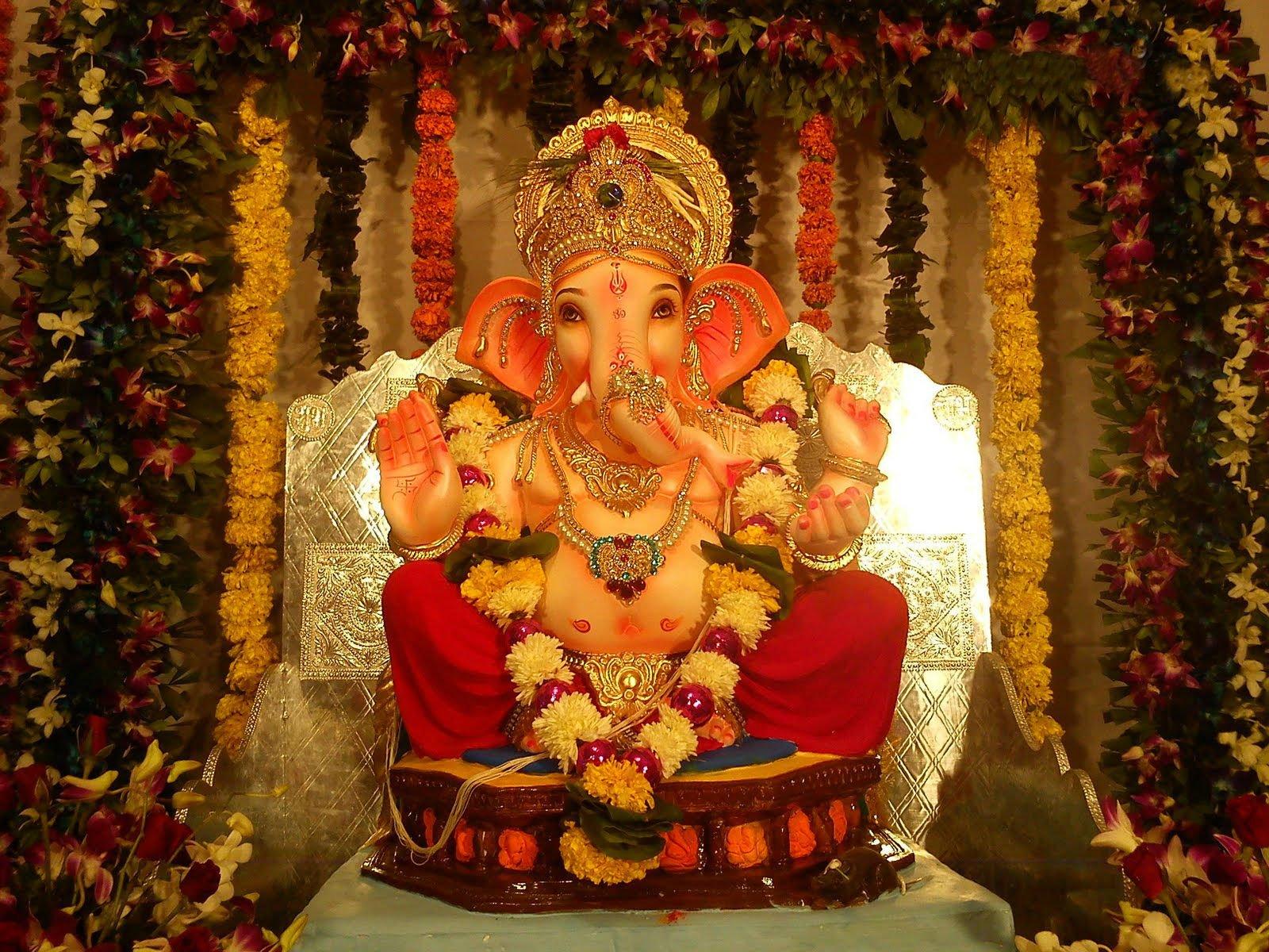 ganesh chaturthi festival manache 5 ganpati pune 2016