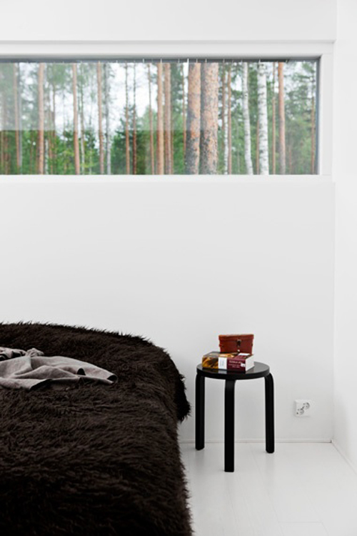 to sleep or not to sleep Not sleeping deeply enough feels very similar in the morning as when you're not  logging enough overall hours of sleep, says shelby harris,.