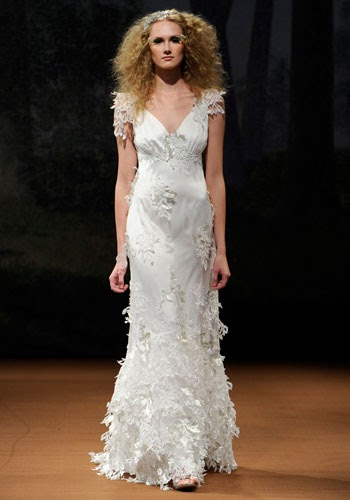 Cheap wedding gowns online blog claire pettibone wedding for Wedding dress claire pettibone