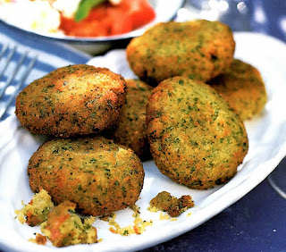 Falafel Recipe: Falafel, a classic Middle Eastern snack of fried broad (fava) bean patties