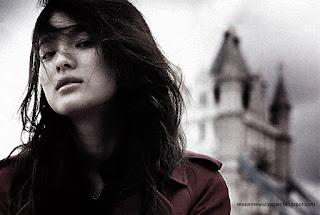 Song Hye Kyo by macemewallpaper.blogspot.com