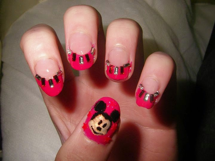 Nail salon designs gamer nails salon designs it is more likely than not that you are a great fan of gaming another thing that we can assume about the younger ladies is that they are into nail art prinsesfo Gallery