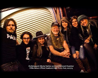 http://www.examiner.com/article/legendary-singer-willie-nelson-family-band-bus-crashes-three-members-injured