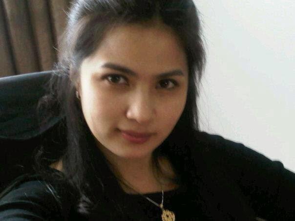 Aprilani Yustin Ficardo