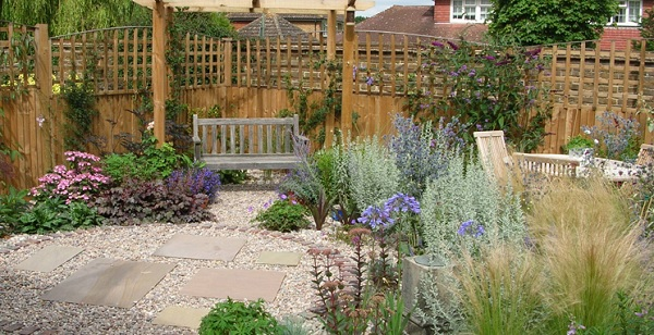 Jardines con grava guia de jardin - Suelos para jardines pequenos ...