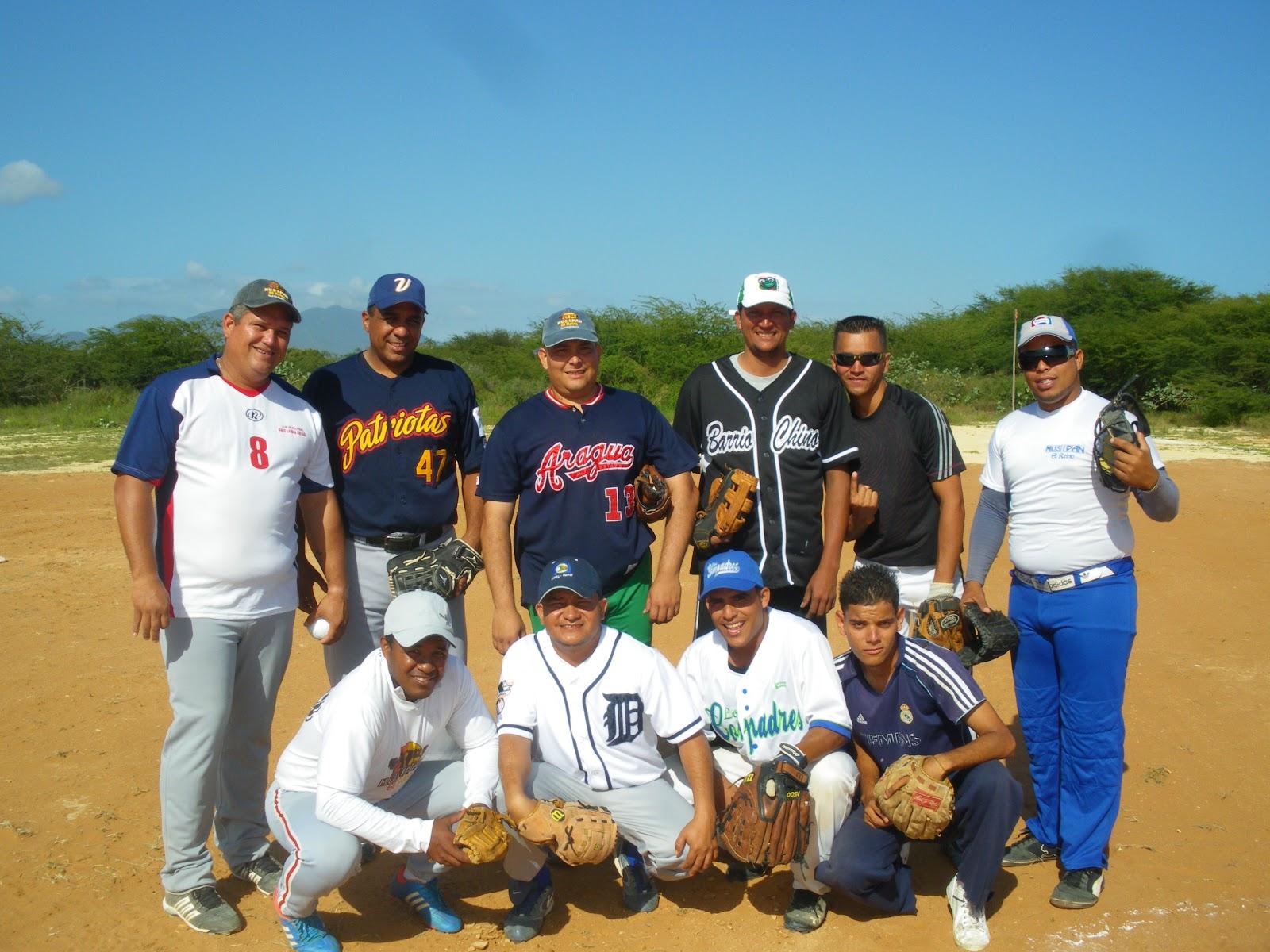 Peliagudo encuentro amistoso de softball entre las selecciones de Instituto Nacional de Tránsito Terrestre de Nueva Esparta(INTT) y Musipan.