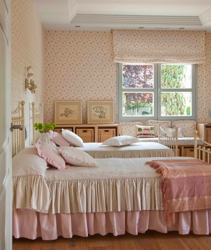 Minty inspirations wystr j wn trz dodatki i dekoracje - Papel para dormitorio ...