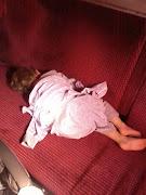 Nasz urlop zaczęliśmy w piątek o 6 rano kiedy to musieliśmy zaspaną Paulinkę .