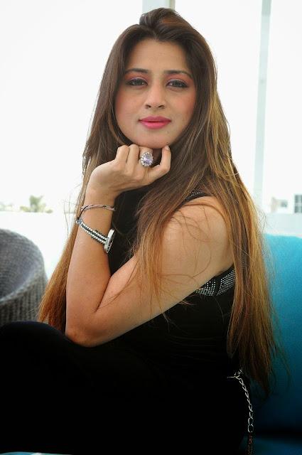 Farah Khan Stills At Holi Mela Poster Launch