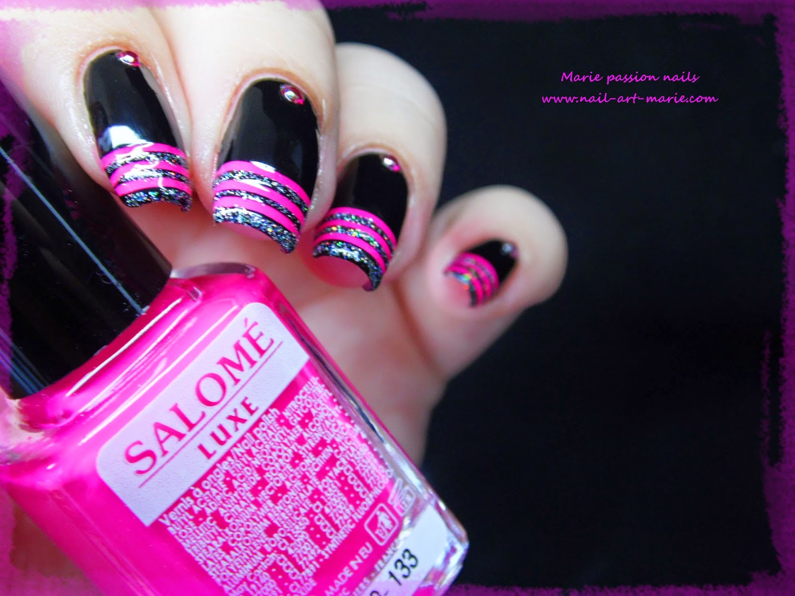 nail art french en rayures fluo6