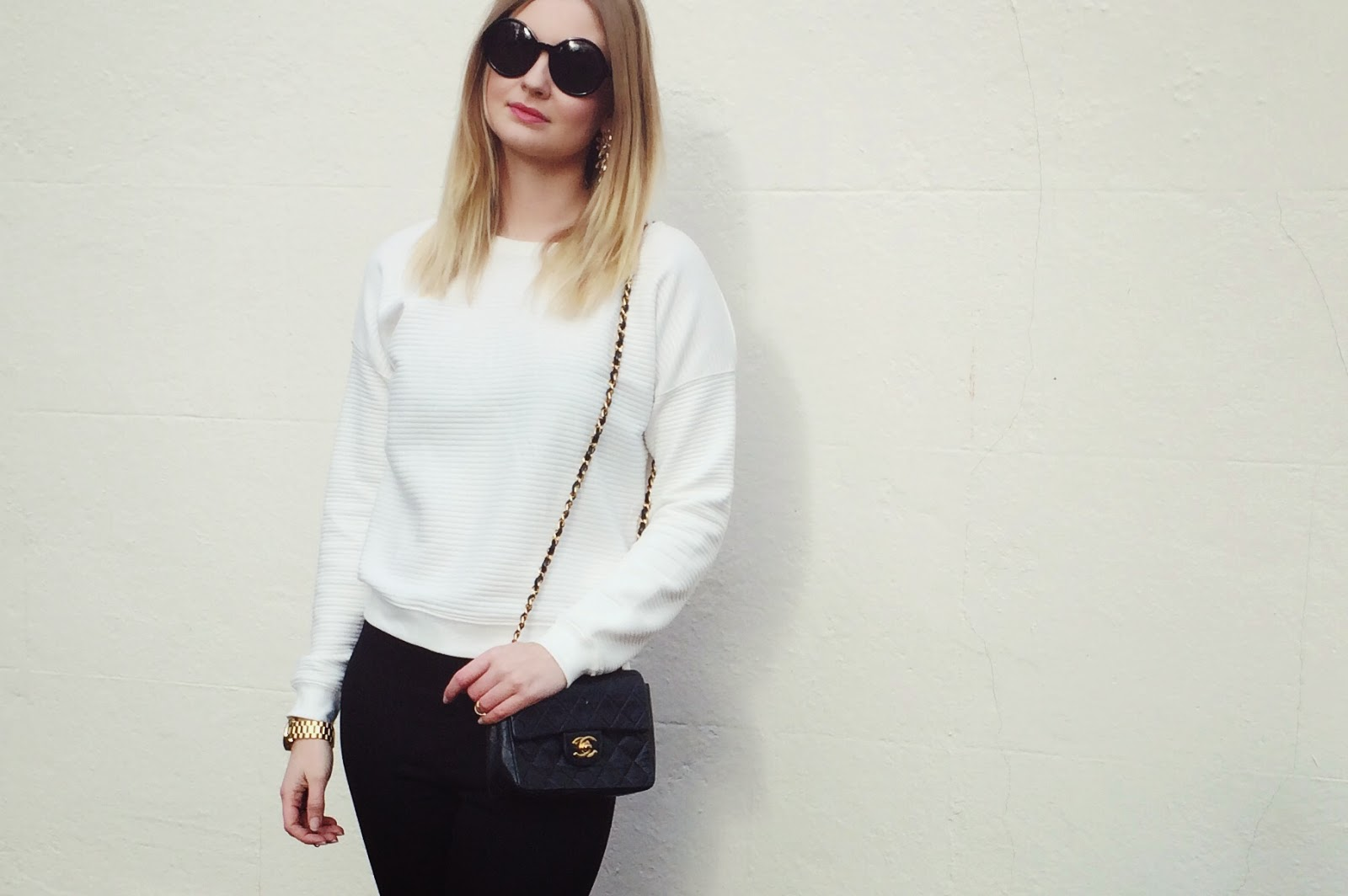 FashionFake, a UK fashion and lifestyle blog. Spring/Summer 2015 white and monochrome trend, street style.