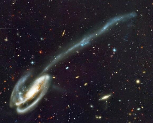 Galaksi Kerdil Ternyata Tak Sesuai Model Standar Kosmologi