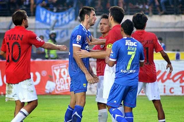 Persib Tahan Imbang Persija 0-0