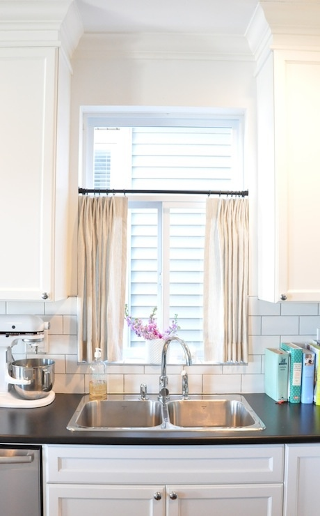 Julia Ryan: Cafe Curtains: Love them or Hate them?
