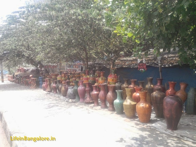 Beatiful Indian Art at Best price on Bangalore Streets