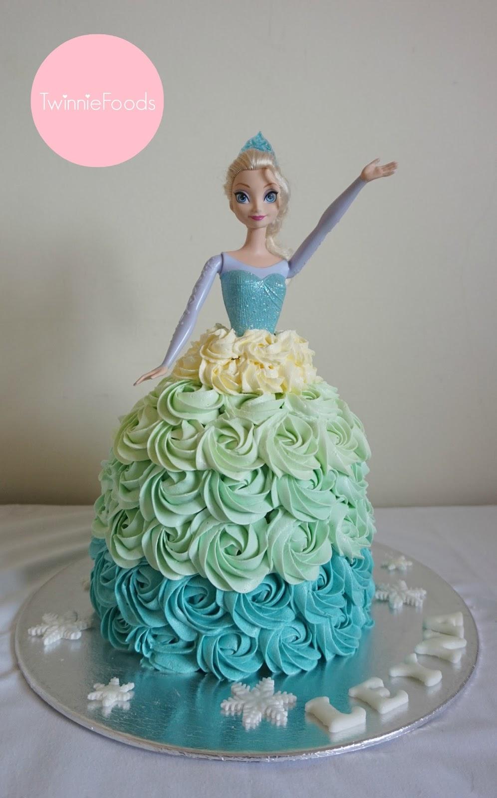 Elsa Doll Cake - TwinnieFoods