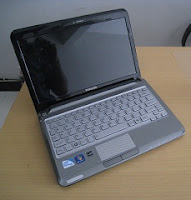 laptop tipis toshiba