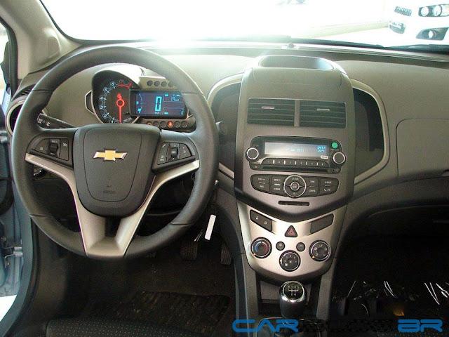 Chevrolet Sonic 2013 - por dentro