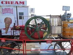 単気筒エンジンのアイスクリーム・マシーン