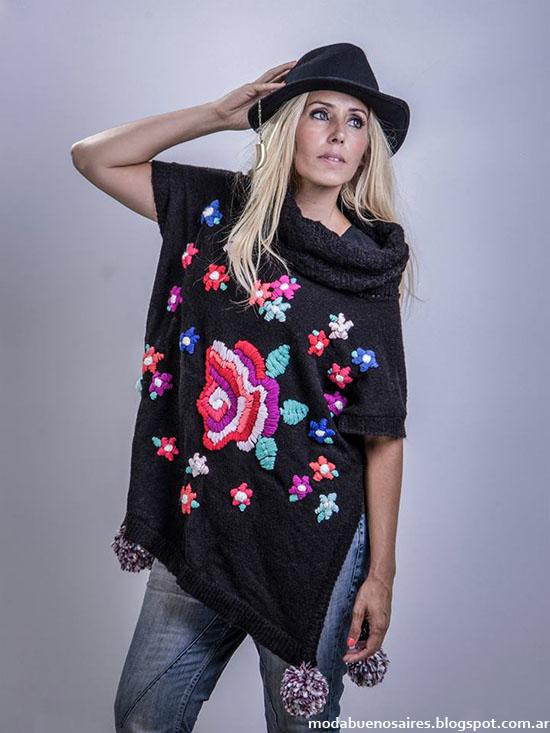 Moda invierno 2015 ponchos tejidos Linda Canaria.