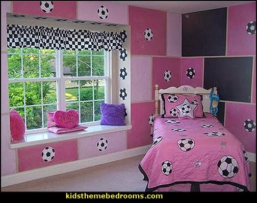 girls soccer theme bedroom decorating ideas - Sports Bedroom Decorating Ideas