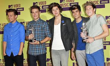∞ MTV Video Music Arwards ∞