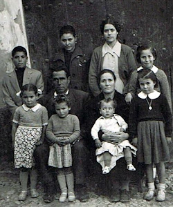 Angel Almendros y Purificación Lorenzo, Basi, Isabel, Angel, Josefina, Puri, Isabel, Miguel y Maika