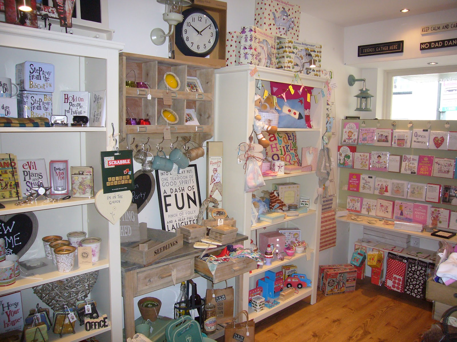 Lottie 39 s interiors the apple tree gift shop and tea house for Interior design gifts