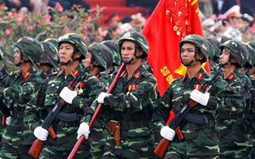 """Không thể chấp nhận quan điểm """"phi chính trị hoá Quân đội"""""""